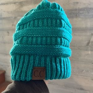 🚨3 for $25 Turquoise beanie